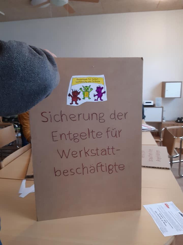 Demo-Plakat Sicherung der Entgelte für Werkstattbeschäftigte